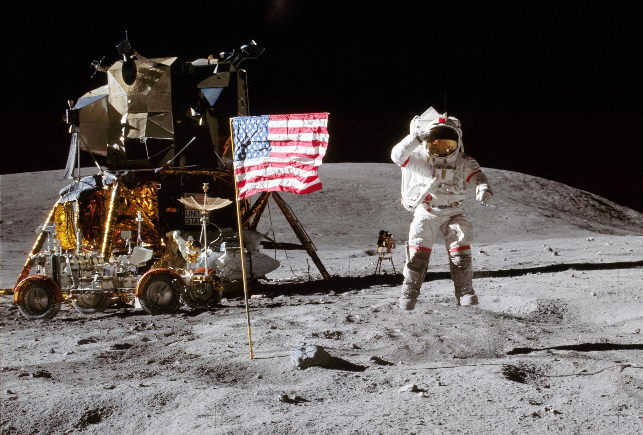 Владелец записи первых шагов человека на Луне может стать миллионером.Вокруг Света. Украина