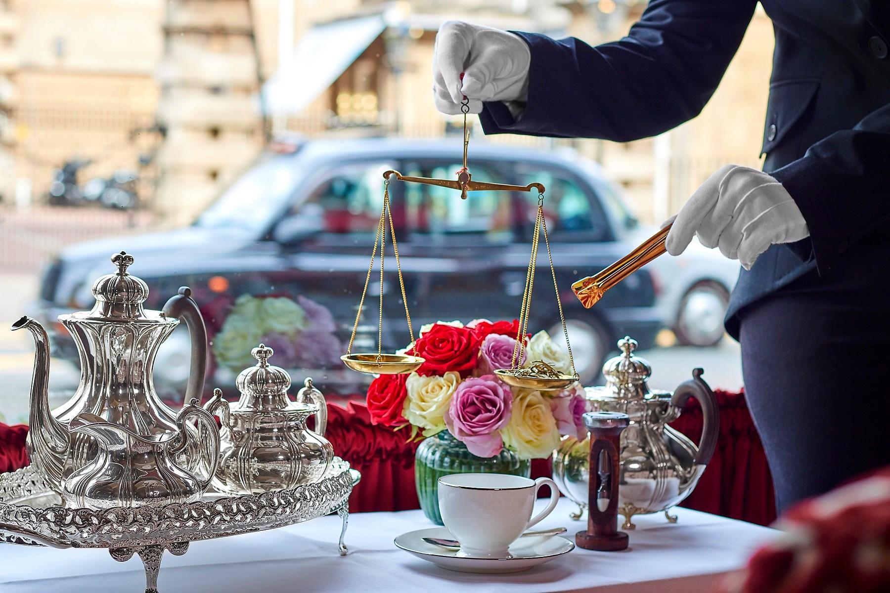 В лондонском отеле подают чашку чая за 200 долларов