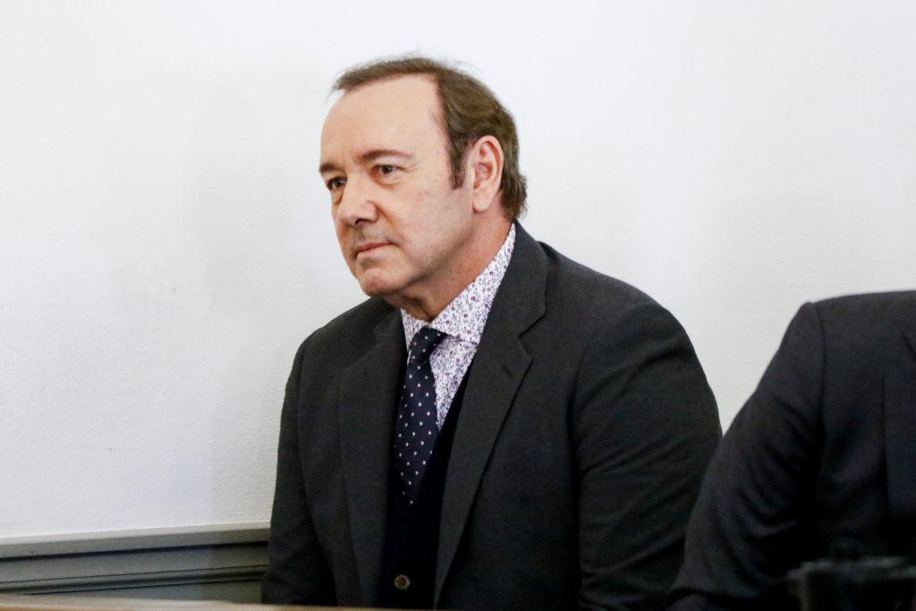 С Кевина Спейси сняли обвинения в сексуальных домогательствах