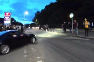 Во время уличных гонок в Британии пострадали 17 зрителей
