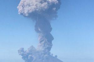 Из-за извержения вулкана в Италии погиб турист