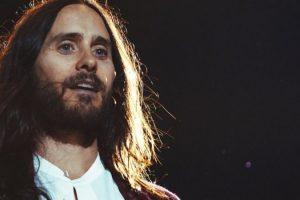 Джаред Лето устроил уличный концерт в Киеве