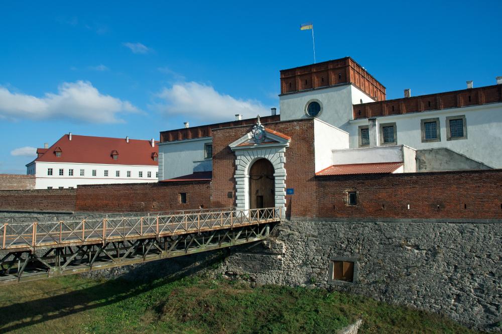 Неприступная крепость Острожских: Дубенский замок - Вокруг Света