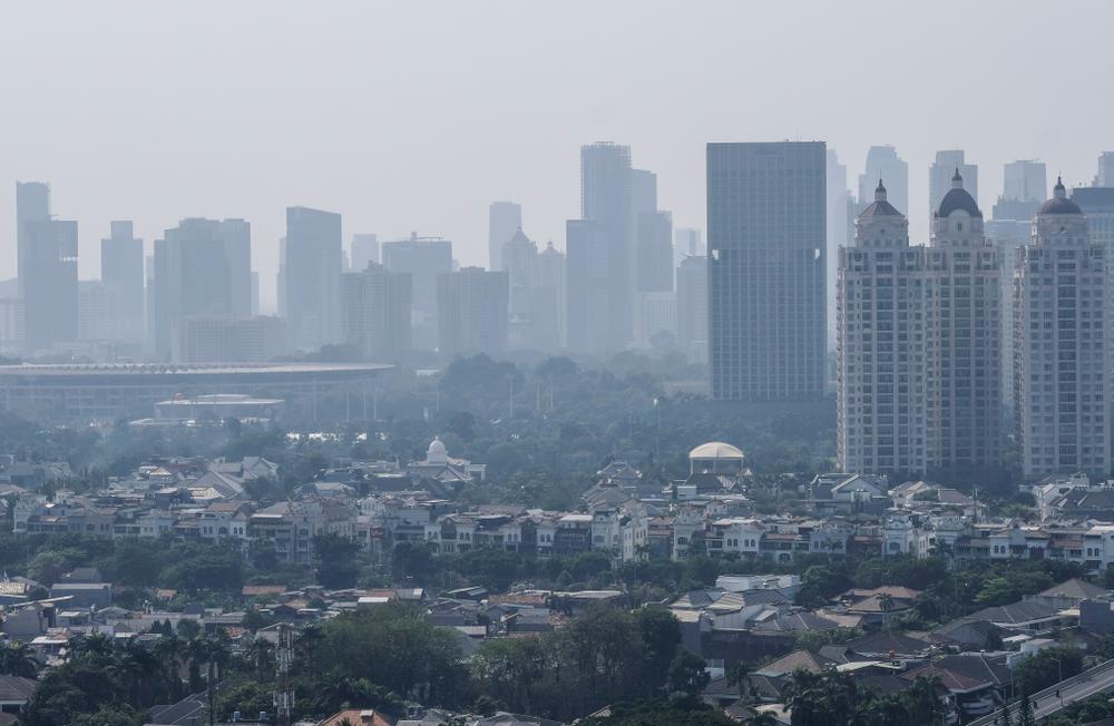 Граждане Индонезии судятся с властями из-за грязного воздуха