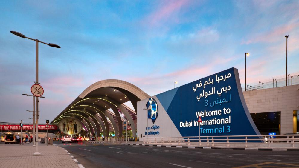 В аэропорту Дубая будут раздавать бесплатные сим-карты