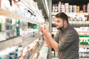 Мужчины – любители йогурта реже болеют раком толстой кишки