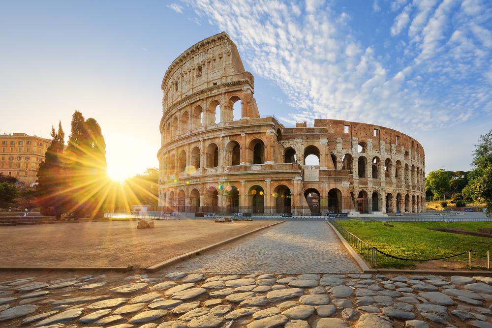 Ernest Airlines начала распродажу билетов из Украины в Италию