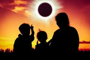 Солнечное затмение 2 июля: как его увидеть, если вы не оказались в нужном месте в нужное время?
