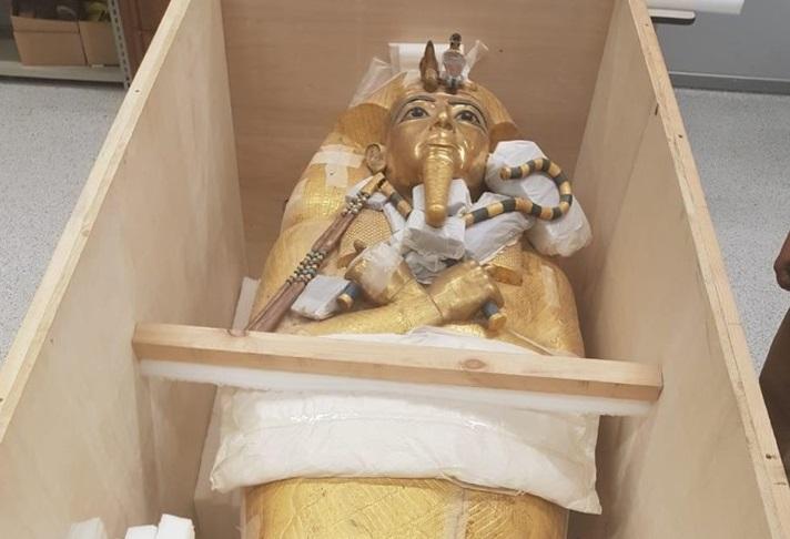 В Египте впервые отреставрируют саркофаг Тутанхамона