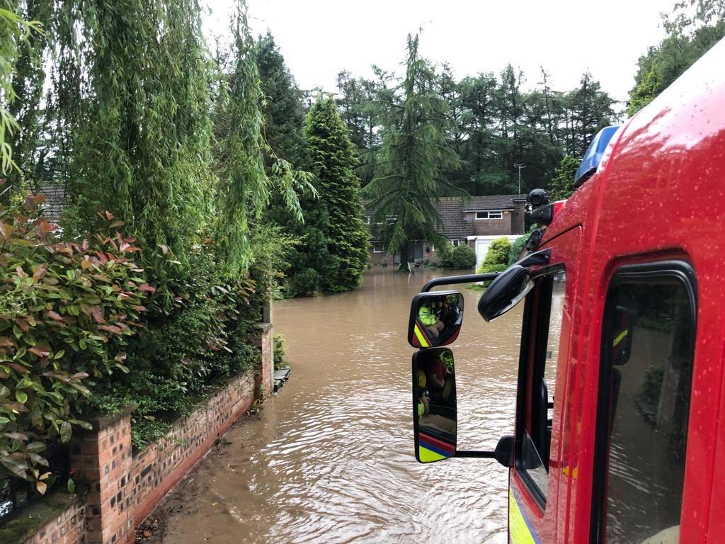 Наводнение в Северной Англии привело к серьезным разрушениям.Вокруг Света. Украина