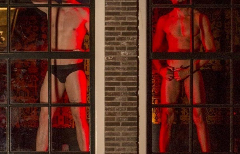 начну самого порно из квартала красных фонарей показал после