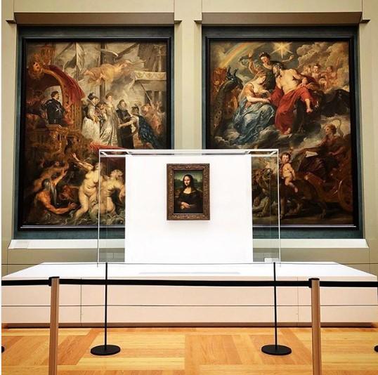 Хаос в Лувре: перенесли «Мону Лизу».Вокруг Света. Украина
