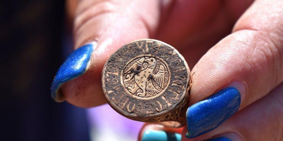 В Болгарии нашли золотой перстень византийского аристократа