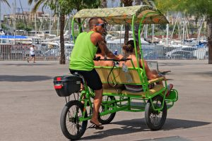 Мы не Мумбаи: Барселона прогоняет с улиц рикш