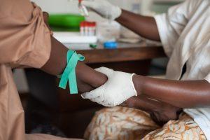 Специалисты ВОЗ создали первое эффективное лекарство от вируса Эбола