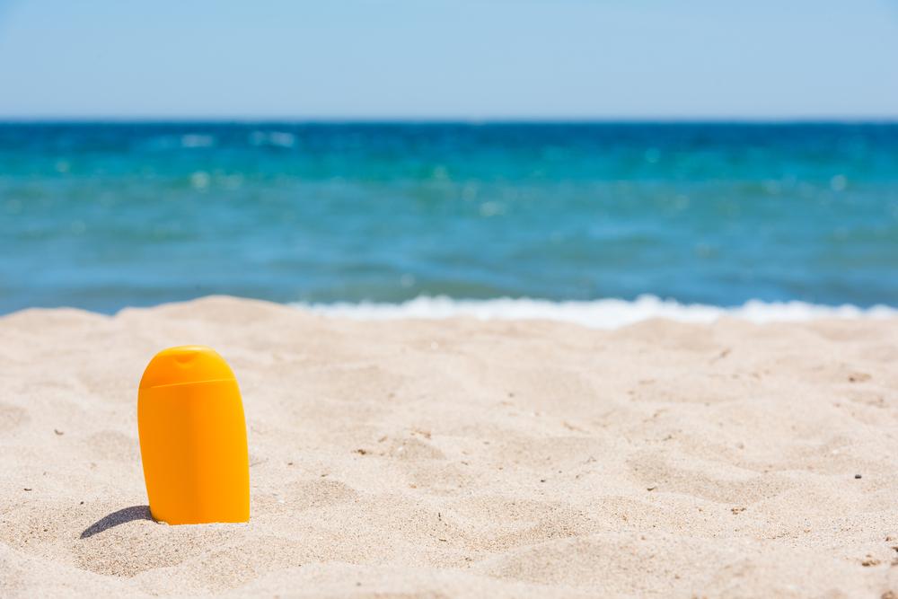 Солнцезащитный крем разрушает морскую экосистему