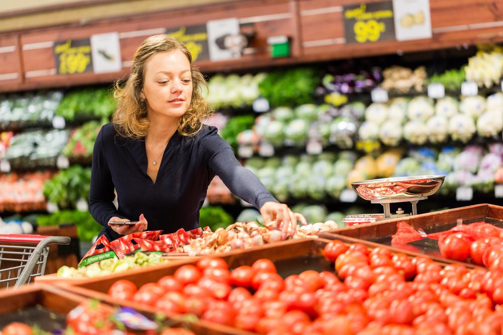 Продукты в британских супермаркетах «обнажаются» от пластика