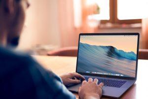 MacBook Pro не рекомендуют проносить в самолет