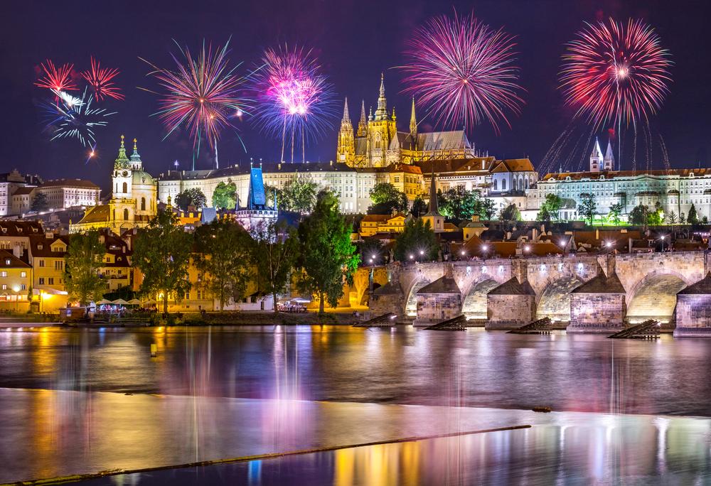 Прага отменила традиционный фейерверк на Новый год