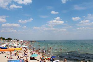 Экологи назвали самые грязные пляжи Одесской области