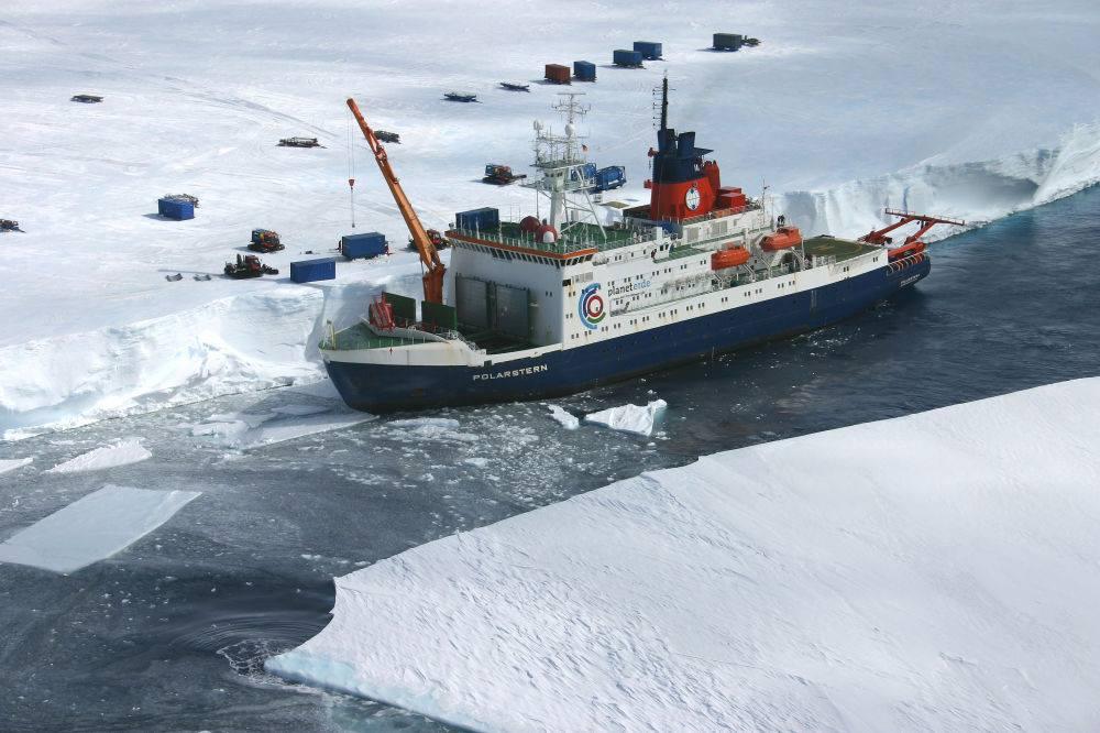 Крупнейшая арктическая экспедиция в истории изучит изменения климата.Вокруг Света. Украина