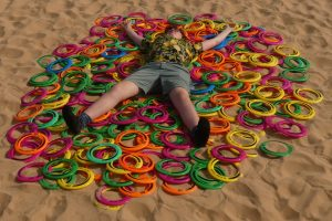Английские активисты спасли тюленей от пластиковых колец
