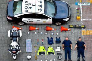Полицейские по всему миру устроили забавный флешмоб
