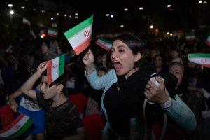 40 лет без футбола: иранкам, наконец, разрешили приходить на стадион