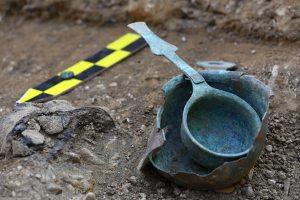 Чешские коммунальщики случайно нашли древнее захоронение