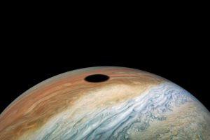 Солнечное затмение на Юпитере
