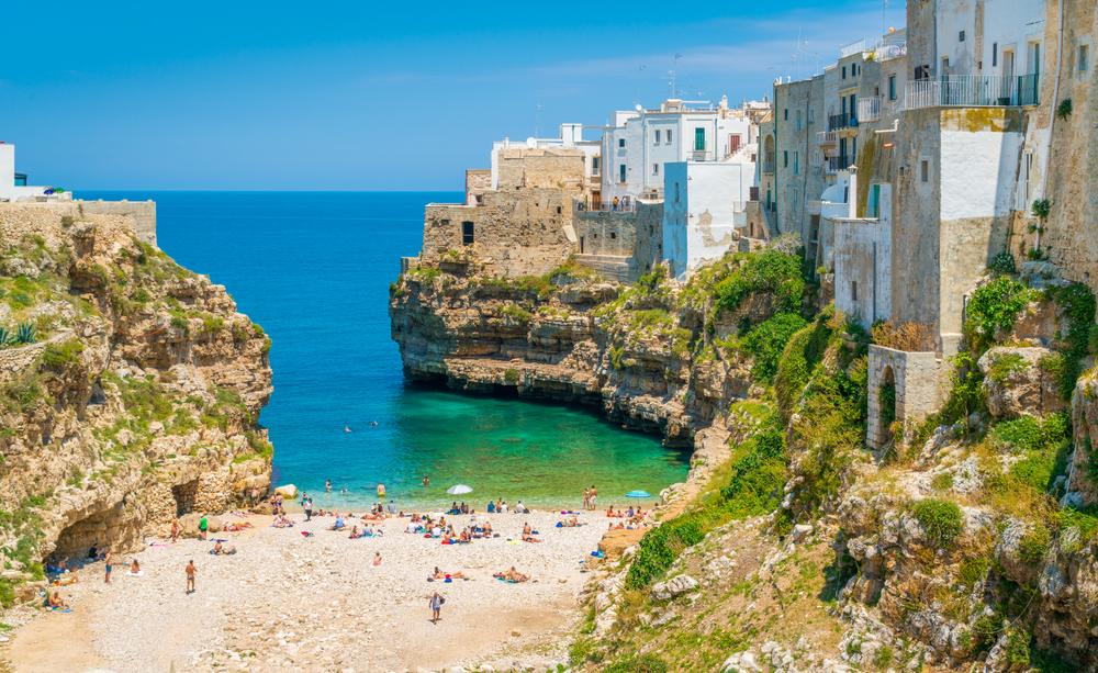 Отпуск в сентябре: пять мест в Европе, где все еще жарко
