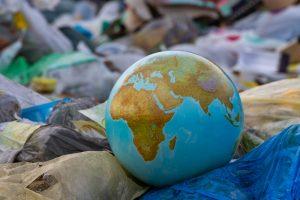 Океанологи объявили о начале пластмассового века