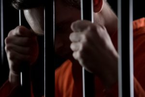 В США парень получил пожизненный срок за кражу 50 долларов