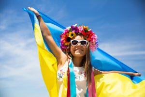 Для украинцев важнее всего в жизни счастье детей – исследование