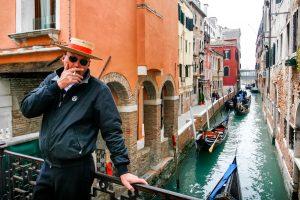 В Венеции запретят курить на улице