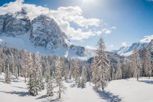Зима близко: на севере Италии выпал снег (видео)