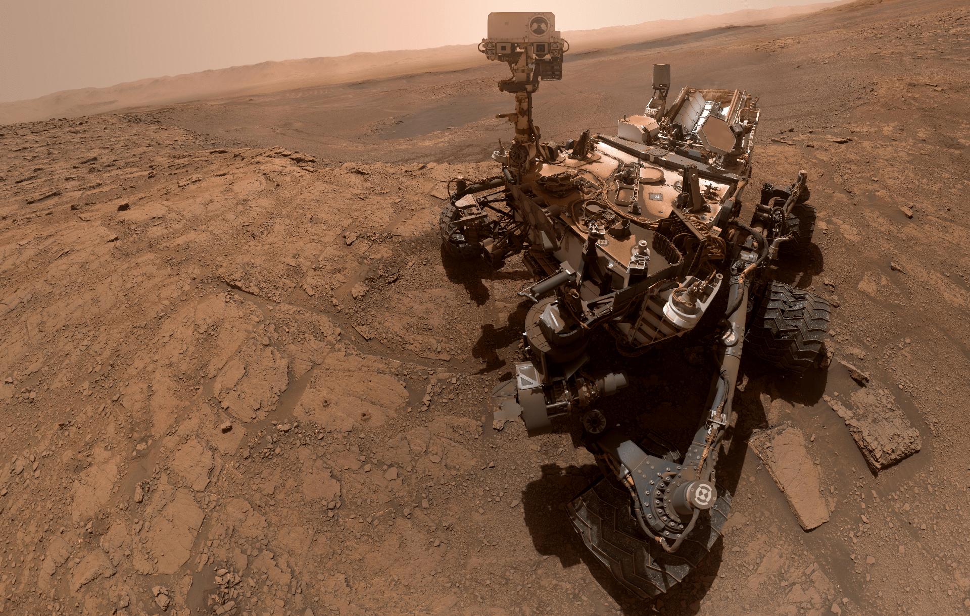 Марсоход Curiosity прислал селфи с Красной планеты