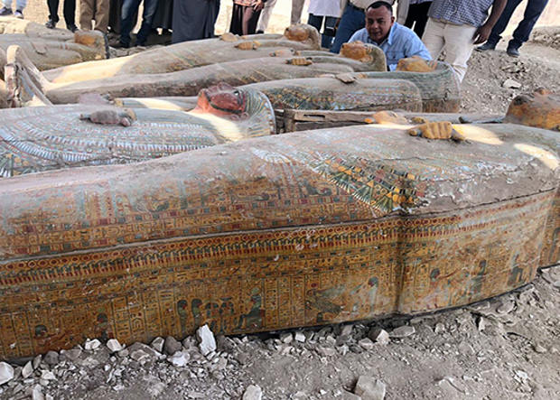 В Египте вскрыли запечатанные саркофаги из Луксора