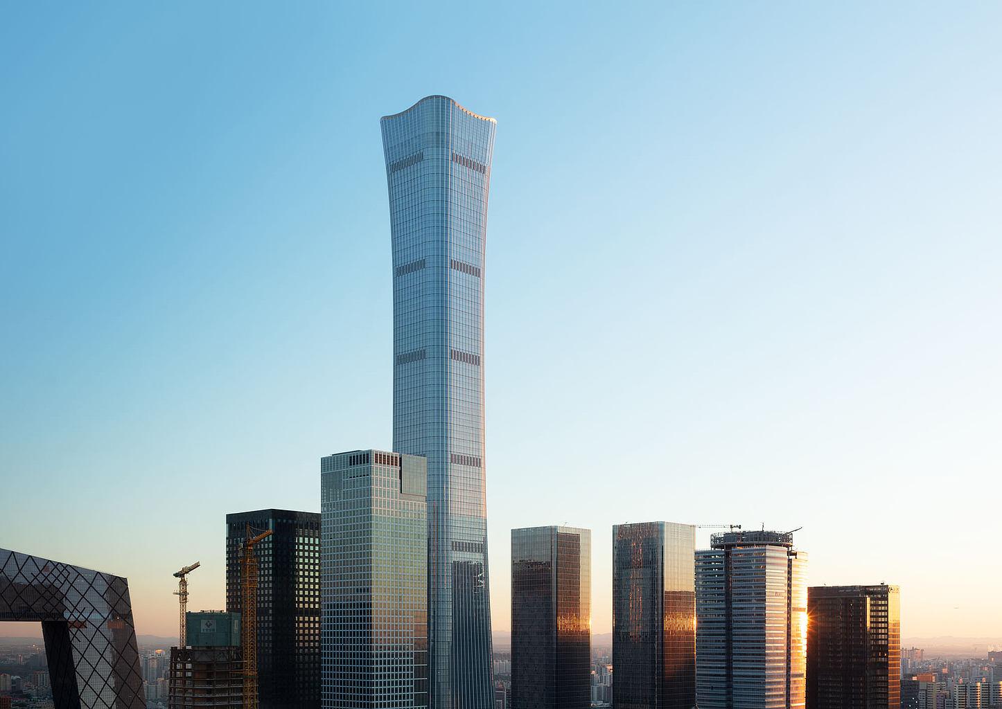 В Пекине открыли самый высокий небоскреб столицы