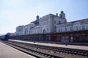 Осенние каникулы: Укрзализныця назначила 12 дополнительных поездов