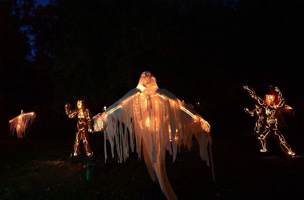 Велесова ночь, Хэллоуин, День мертвых: откуда что взялось?.Вокруг Света. Украина