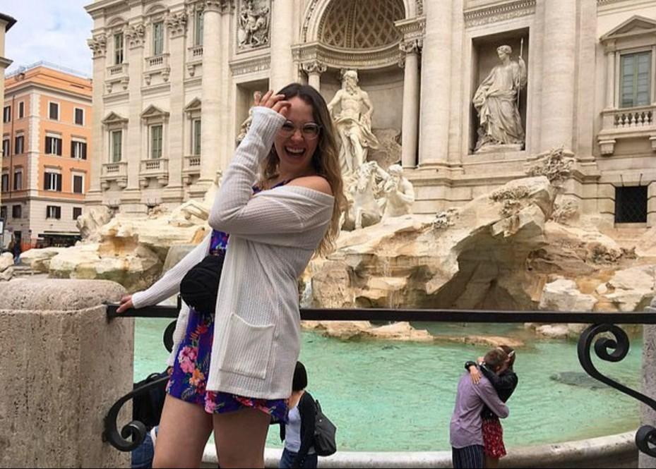 Туристка из Канады ищет влюбленных, которых случайно сфотографировала.Вокруг Света. Украина