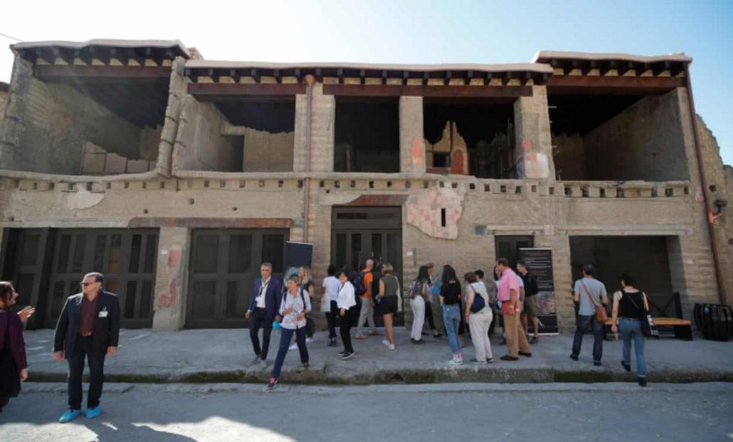 В Помпеях открыли дом, который реставрировали 36 лет