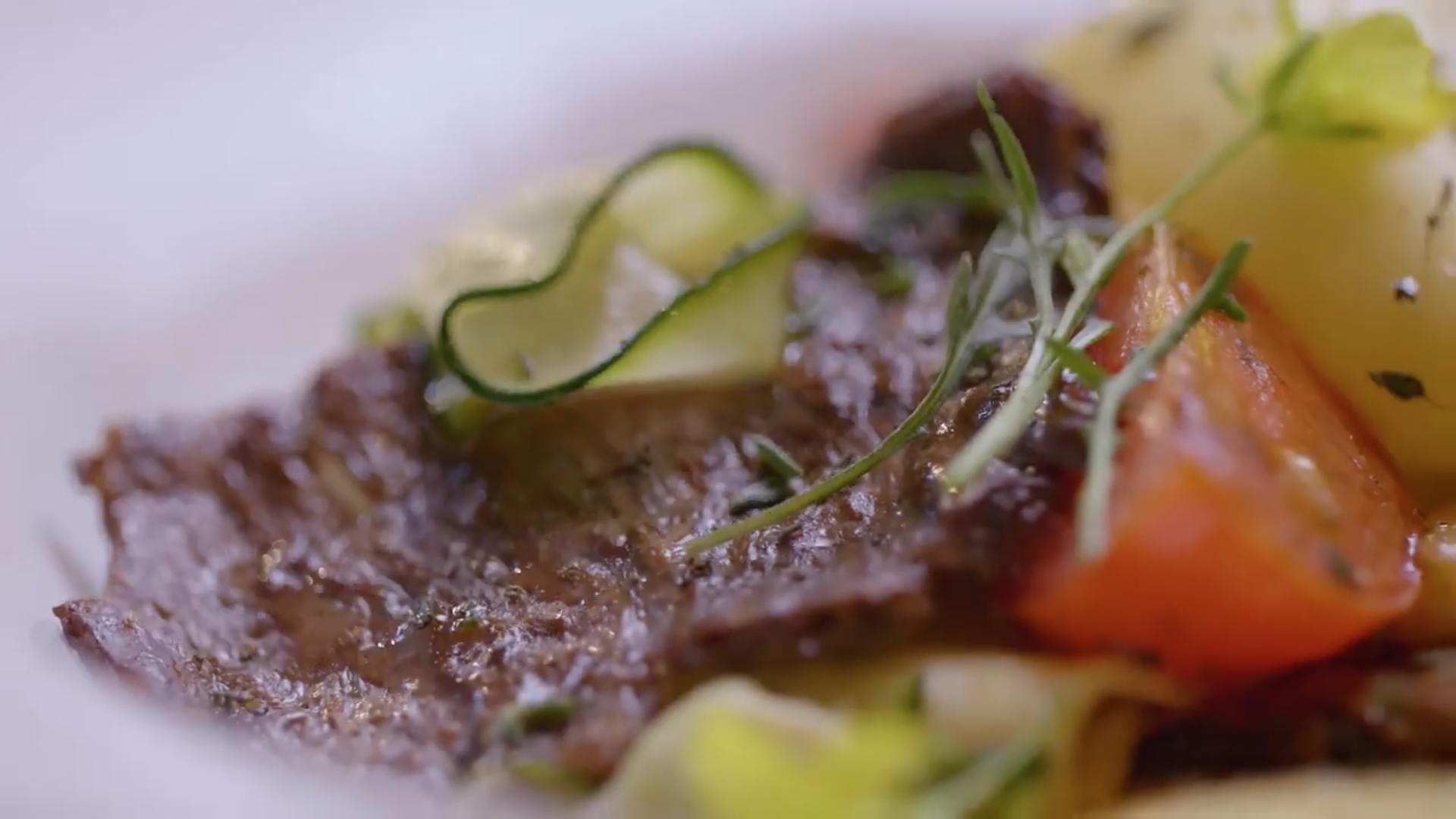 Израильская компания вырастила мясо в космосе