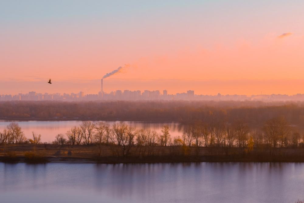 В Киеве вырос уровень загрязнения воздуха. Опять
