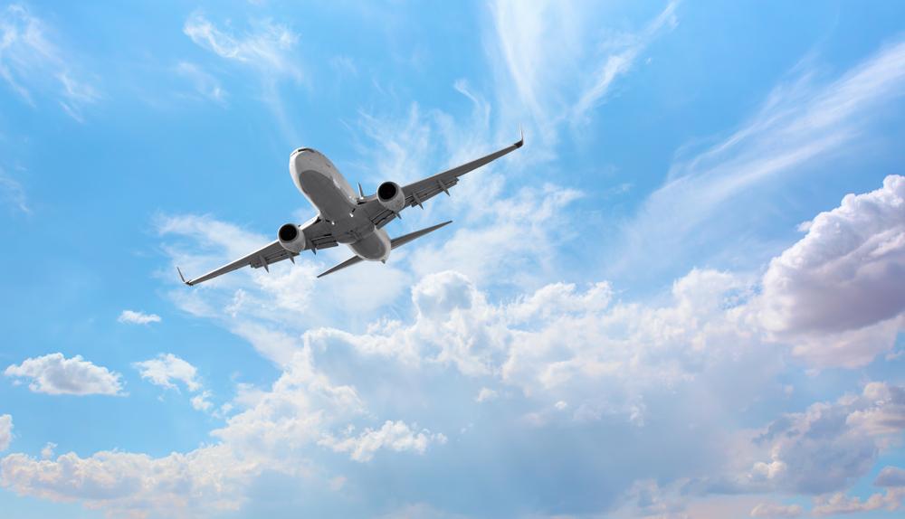 Авиабилеты будут дорожать: страны ЕС вводят эконалог