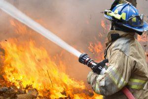 Для тушения пожаров изобрели огнеупорную жидкость