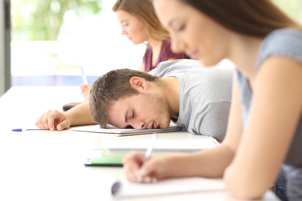 Сколько нужно спать студенту