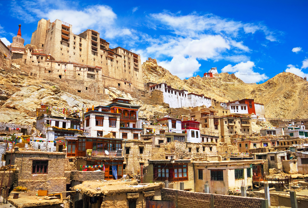 Индия разрешила туристам посещать  Джамму и Кашмир.Вокруг Света. Украина