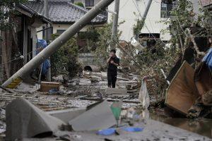 Тайфун Хагибис в Японии стал сильнейшим за полвека